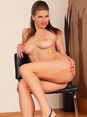 Marta - Voluptuous hottie strips and rubs